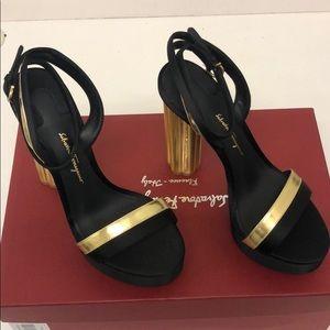 Salvatore ferragamo ischia sandal size 6 new